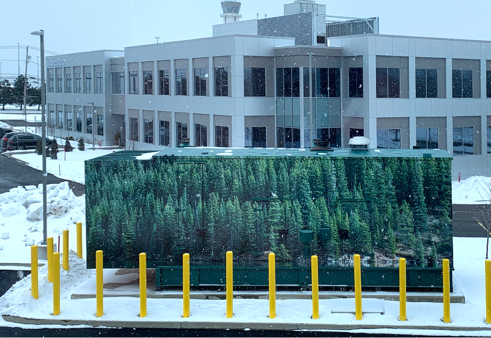 Seen from the third floor is the building's generator.